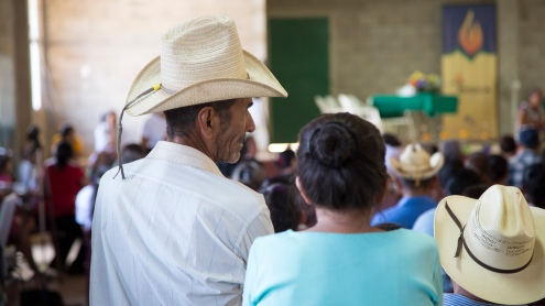 Photo of Santa Marta residents in audience at the International Tribunal.